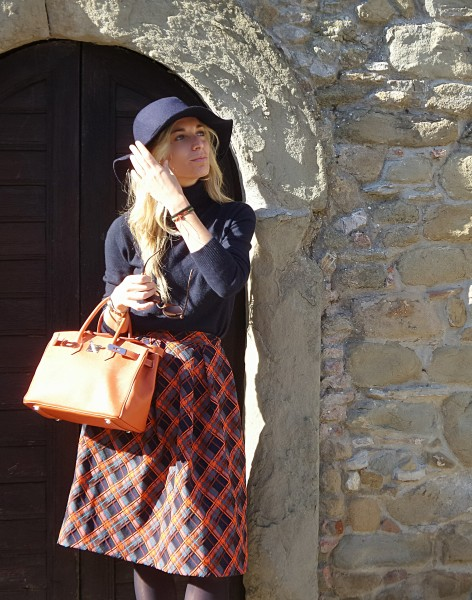 Tartan & Orange outfit - Chianti