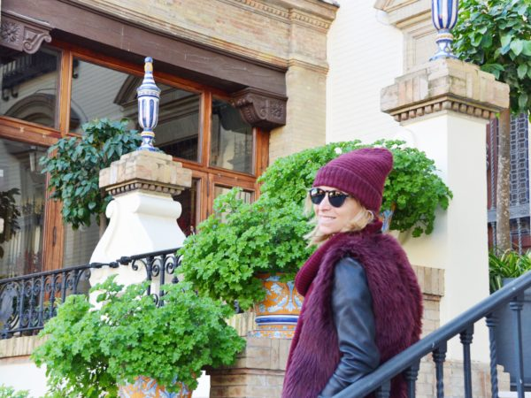 Burgundy outfit inspiration - Sevilla - Spain