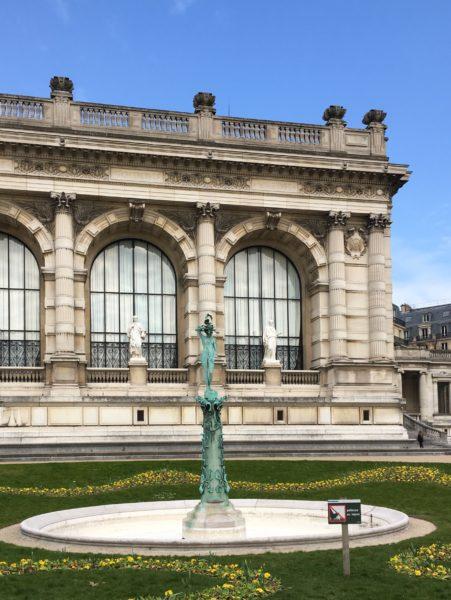 http://www.justmeandthecities.com/?s=paris