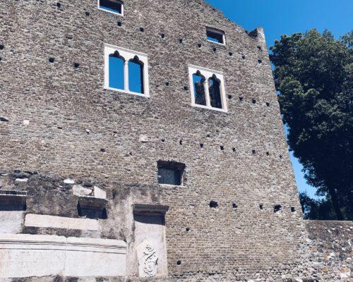Tomba di Cecilia Metella - Appia Antica - Roma